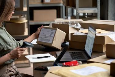 販売管理とは?業務フローや効率化するシステムについて
